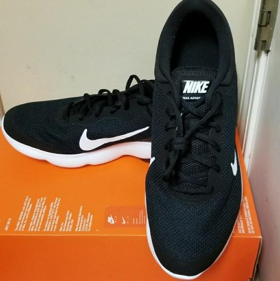 le scarpe nike air max nuovo vantaggio mens blackwhite poshmark
